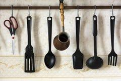 Szpachelki, łyżki, kopyść, chochla dla kawy, nożyce, kuchenny ut Obrazy Stock
