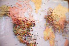 Szpilki na mapie obrazy stock