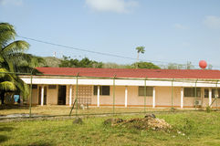 Szpitalnej centrum medyczne kliniki Kukurydzanej wyspy Nikaragua Duża centrala Zdjęcie Stock
