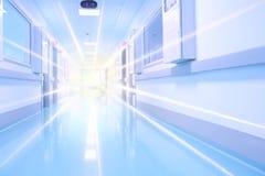 Szpitalna sala rozjaśniająca rozblaskowym światłem obraz stock