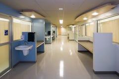 Szpitalny korytarz Zdjęcia Royalty Free