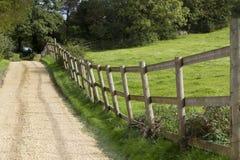 Sztachetowy ogrodzenie i Zdjęcia Stock