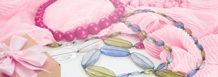 Sztandarów Ustaleni akcesoria dla kobiety mody zakupu Zdjęcie Royalty Free