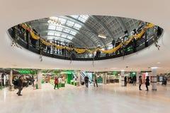 Sztokholm centrali Centralen z sławnym pierścionkiem od lub stacja Zdjęcia Stock