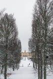 SZTOKHOLM SZWECJA, STYCZEŃ, - 7, 2017: Widok nad Drottningholm parkiem na zima dniu i pałac Domowa siedziba Szwedzka rodzina król Zdjęcia Stock