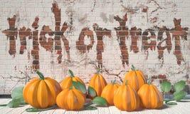sztuczka przysmaki Halloweenowy powitanie z baniami i zieleń liśćmi Obraz Royalty Free