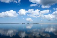 sztuczna hydroelektryczna jeziorna roślina Obrazy Royalty Free