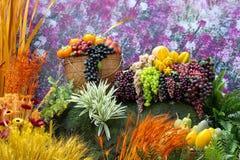 sztuczne rośliny i owoc Obrazy Royalty Free