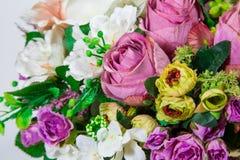 sztucznego tła kwiatu odosobniony biel Zdjęcie Stock