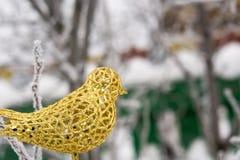 Sztucznej dekoraci Złoty ptak Obraz Stock