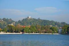 Sztuczny jezioro w sercu miasto Kandy Sri Lanka Zdjęcie Stock