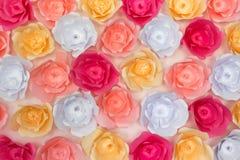 Sztuczny papierowych kwiatów tło i tekstura Obraz Royalty Free