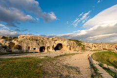 Sztuczny Zawala się - Antycznego amfiteatr Syracuse Włochy Obrazy Stock