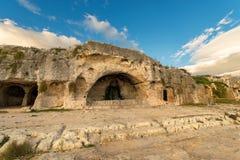 Sztuczny Zawala się - Antycznego amfiteatr Syracuse Włochy Obrazy Royalty Free