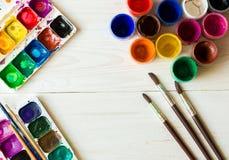 Sztuka obraz Malować set: muśnięcia, farby, akwarela, acry Fotografia Stock
