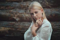 Sztuka piękna portret blondynki kobieta obraz royalty free