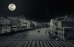 Sztuka piękna retro wizerunek z gondolą na Kanałowy Grande, Wenecja, Ja Obrazy Royalty Free