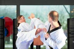 Sztuka Samoobrony sporta szkolenie w gym Zdjęcie Royalty Free