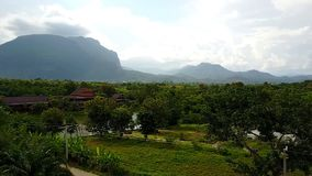 Sztuka wiejski krajobraz Pole, góra zbiory wideo