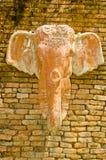 sztuki ceglanego słonia stiuku stylu tajlandzka ściana Obrazy Royalty Free