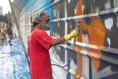 sztuki kolorowa zakrywająca graffiti ulicy ściana Zdjęcie Stock