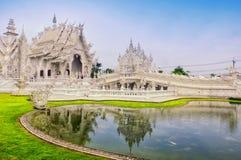 sztuki przyciągań pięknego chiang kulturalnego delikatnego khun rai rong zadania świątynny Thailand wat biel Fotografia Stock