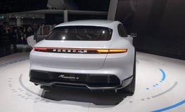 Szwajcaria; Genewa; Marzec 8, 2018; Porsche misi e tylni strona; Zdjęcia Stock