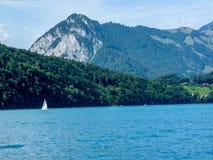Szwajcaria, Lauterbrunnen, SCENICZNY widok morze górami AGAI zdjęcie royalty free