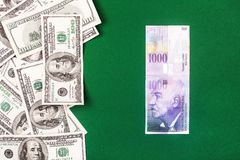 Szwajcarscy franki i dolary Fotografia Stock
