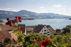 Szwajcarski jezioro zdjęcie stock