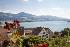 Szwajcarski jezioro zdjęcie royalty free