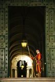 Szwajcarski strażnik przy Watykan fotografia stock