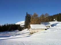 szwajcarskie kabin wysokogórskie góry Obrazy Stock