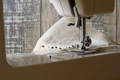 Szwalna maszyna i szwalni akcesoria Zdjęcie Royalty Free