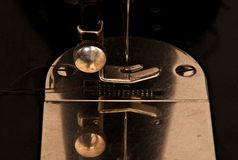 Szwalnej maszyny igielny szczegół Zdjęcia Stock