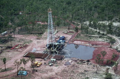 Szyb naftowy zdjęcia royalty free