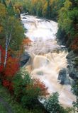 Szybka woda północna brzeg rzeka fotografia royalty free