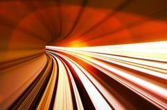 Szybki pociąg rusza się w tunelu Zdjęcia Royalty Free