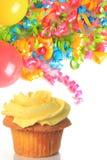 szybko się zwiększać babeczka urodzinowych faborki Obraz Stock