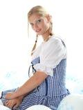 szybko się zwiększać bavarian dziewczyny ustalony ja target1710_0_ Zdjęcia Stock