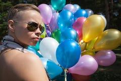 szybko się zwiększać kolorowej kobiety obraz royalty free