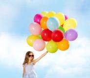 szybko się zwiększać szczęśliwej kolorowej dziewczyny fotografia royalty free