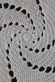 Szydełkować spirale, czarny tło, zbliżenie Zdjęcia Royalty Free