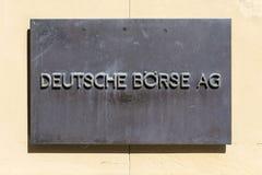 Szyldowa deutsche giełda AG - Niemiecka giełda papierów wartościowych przed stoc Obraz Royalty Free