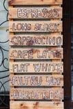 Szyldowa menu kawa na drewnianych deskach Obrazy Royalty Free