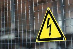 Szyldowy elektryczny niebezpieczeństwo Zdjęcie Royalty Free