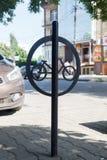 Szyldowy rowerowy parking Obrazy Stock