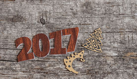 Szyldowy symbol od liczby 2017 na starego retro rocznika stylu drewnianym b Fotografia Stock