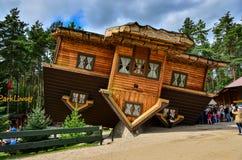 Szymbark-Haus auf Dach Stockfotos
