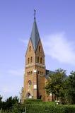 也作为酿酒厂基督教会已知的命名老安排波兰s那里耸立zywiec的城镇 图库摄影